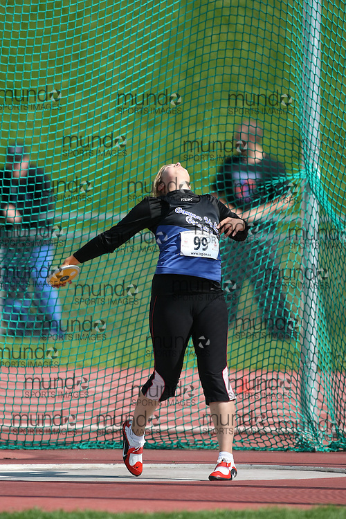 (Sherbrooke, Quebec---10 August 2008) Emily Tranfield competing in the discus at the 2008 Canadian National Youth and Royal Canadian Legion Track and Field Championships in Sherbrooke, Quebec. The photograph is copyright Sean Burges/Mundo Sport Images, 2008. More information can be found at www.msievents.com.