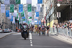 Riders from Team Sunweb, Cervélo-Bigla Cycling Team and Wiggle Hi5 Cycling Team control the chase during Stage 5 of the OVO Energy Women's Tour - a 62 km road race, starting and finishing in London on June 11, 2017, in London, United Kingdom. (Photo by Balint Hamvas/Velofocus.com)