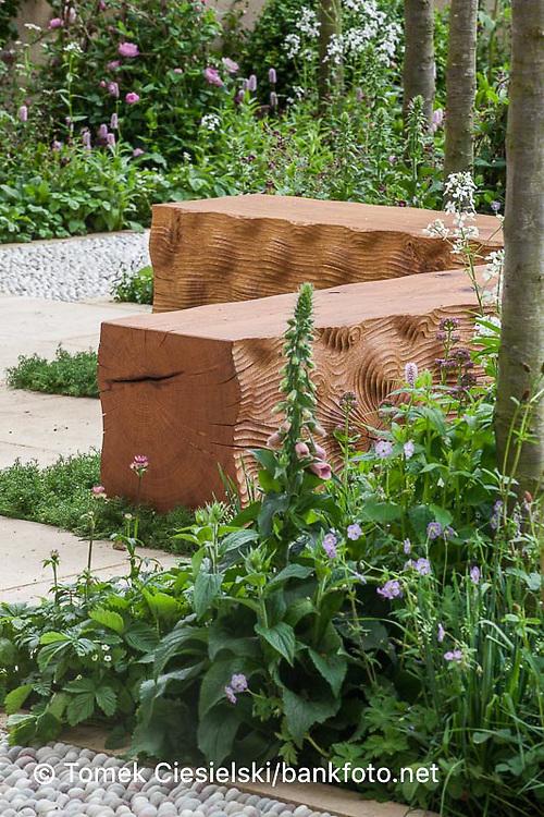 Wooden geometrical bench