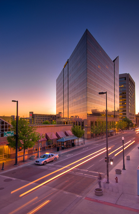 Idaho, downtown Boise. Wells Fargo Building and traffic on Main Street.