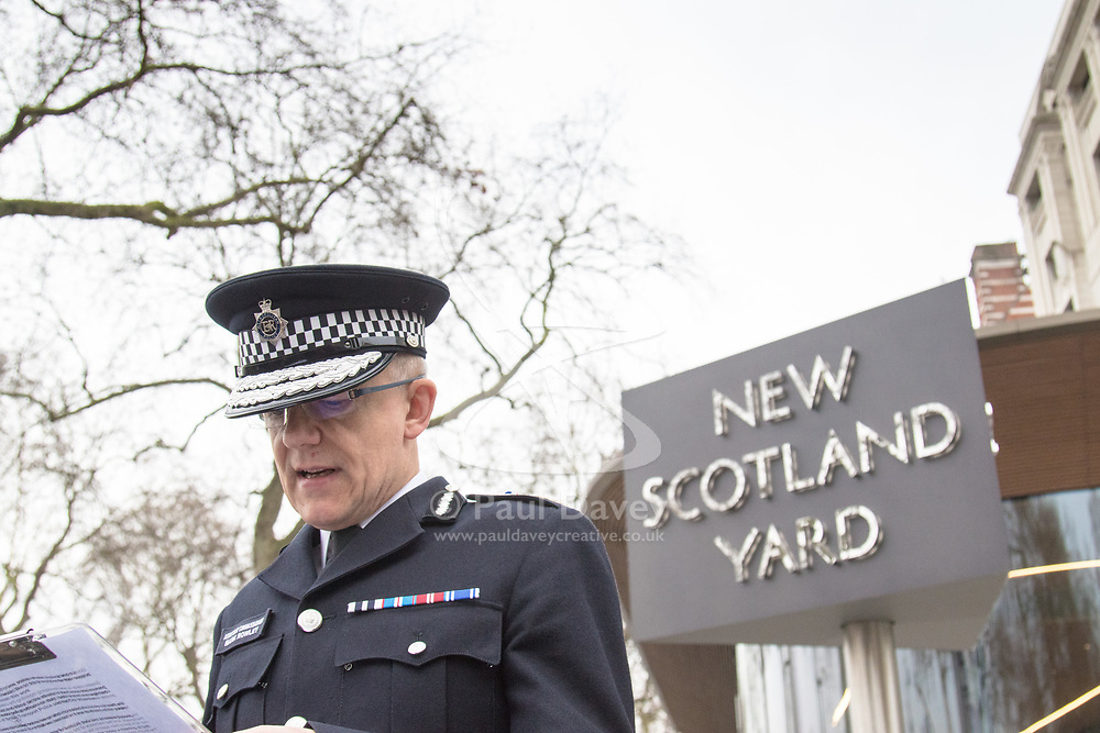 Scotland Yard, London, March 23rd 2017. Assistant Commissioner in charge of anti terrorism Mark Rowley of the Metropolitan police addresses the press outside Scotland yard, just yards from the scene of Tuesday's terror attack on Westminster Bridge and in the grounds of Parliament that left five people dead and 40 injured.