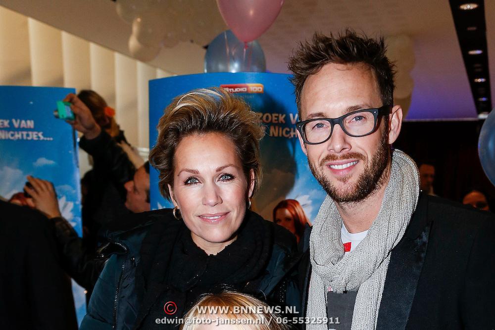 NLD/Amsterdam/20121209 - Premiere K3 Bengeltjes, Tanja Jess, partner Charly Luske en kinderen Billy Charles en Bobby
