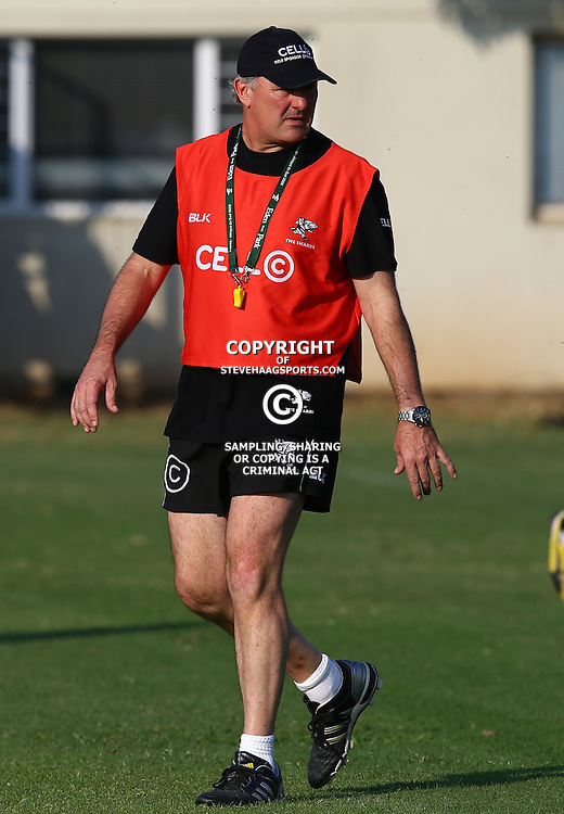 DURBAN, SOUTH AFRICA - MAY 26:  Gary Gold (Sharks Director of Rugby) during the Cell C Sharks training session at Growthpoint Kings Park on May 26, 2015 in Durban, South Africa. (Photo by Steve Haag/Gallo Images)
