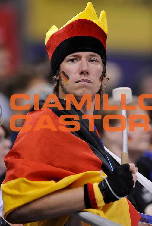 DESCRIZIONE : Berlino Berlin Eurobasket 2015 Group B Germany Turkey<br /> GIOCATORE : tifosi germany<br /> CATEGORIA : tifosi<br /> SQUADRA : Germany Turkey<br /> EVENTO : Eurobasket 2015 Group B<br /> GARA : Germany Turkey<br /> DATA : 08/09/2015<br /> SPORT : Pallacanestro<br /> AUTORE : Agenzia Ciamillo-Castoria/r.morgano<br /> Galleria : Eurobasket 2015<br /> Fotonotizia : Berlino Berlin Eurobasket 2015 Group B Germany Turkey