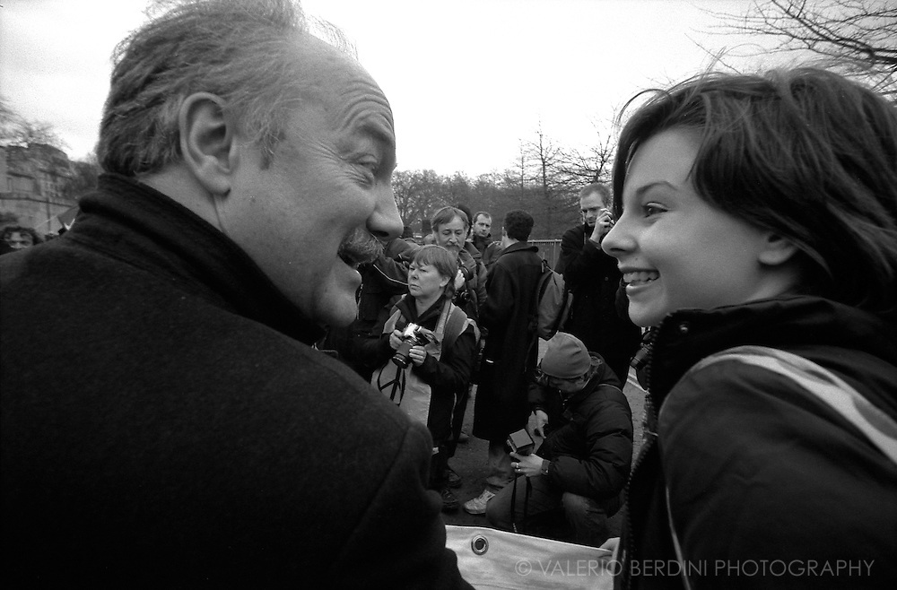 George Galloway and an activist at the head of one of the Stop the War marches. London. 20/03/2004