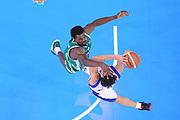 DESCRIZIONE : Torino Coppa Italia Final Eight 2012 Quarti Di Finale Bennet Cantu Sidigas Avellino<br /> GIOCATORE : Gianluca Basile<br /> CATEGORIA : special tiro penetrazione<br /> SQUADRA : Bennet Cantu<br /> EVENTO : Suisse Gas Basket Coppa Italia Final Eight 2012<br /> GARA : Bennet Cantu Sidigas Avellino<br /> DATA : 17/02/2012<br /> SPORT : Pallacanestro<br /> AUTORE : Agenzia Ciamillo-Castoria/C.De Massis<br /> Galleria : Final Eight Coppa Italia 2012<br /> Fotonotizia : Torino Coppa Italia Final Eight 2012 Quarti Di Finale Bennet Cantu Sidigas Avellino<br /> Predefinita :