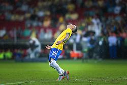 O atacante brasileiro Neymar Jr. durante jogo amistoso contra a seleção de Honduras em partida preparatória para a Copa América 2015 no estádio Beira-Rio, em Porto Alegre, 10 de junho de 2015. FOTO: Jefferson Bernardes/ Agência Preview