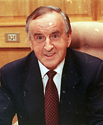 First meeting of New Cabinet and Taoiseach Albert Reynolds in his office.<br />