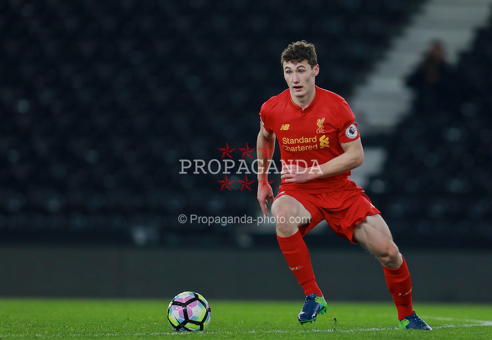 DERBY, ENGLAND - Monday, November 28, 2016: Liverpool's Corey Whelan in action against Derby County during the FA Premier League 2 Under-23 match at Pride Park. (Pic by David Rawcliffe/Propaganda)