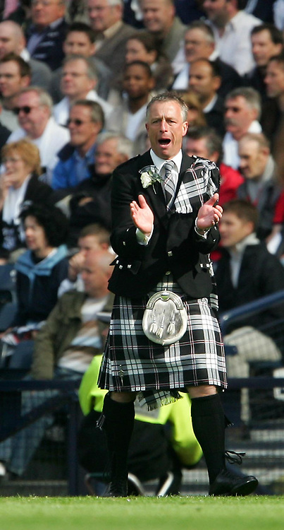 Photo: Andrew Unwin.<br /> Hearts v Gretna. Tennants Scottish Cup Final. 13/05/2006.<br /> Gretna's manager, Rowan Alexander.