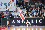 flaccadori<br /> Openjobmetis Varese - Dolomiti Energia Aquila Basket Trento<br /> Lega Basket Serie A 2016/2017<br /> Varese, 15/04/2017<br /> Foto Ciamillo-Castoria