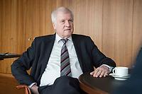 20 JUN 2018, BERLIN/GERMANY:<br /> Horst Seehofer, CSU, Bundesinnenminister, waehrend einem Interview, in seinem Buero, Bundesministerium des Inneren<br /> IMAGE: 20180620-02-027<br /> KEYWORDS: Büro