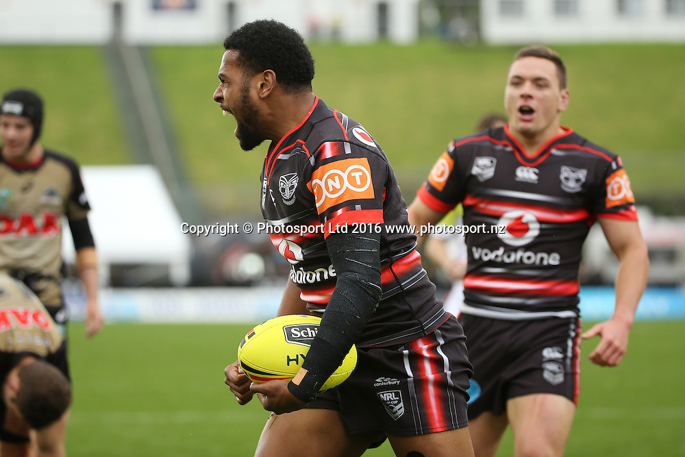 Joseph Price scores for the Warriors during the Holden Cup match Warriors v Panthers at Mt Smart Stadium on Saturday 30 July 2016. Auckland, New Zealand. © Copyright Photo: Fiona Goodall / www.photosport.nz