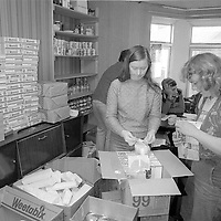 Making up food parcels, Ellington Miners Support Group, Ashington. 06/12/1984.