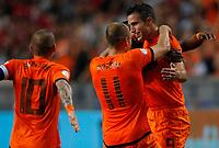 AMSTERDAM - Voetbal, Nederland - Turkije, WK kwalificatie , Amsterdam Arena , seizoen 2012-2013, 07-09-2012,  Wesley Sneijder en Robin van persie vieren de 1-0