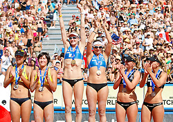 06.08.2011, Klagenfurt, Strandbad, AUT, Beachvolleyball World Tour Grand Slam 2011, im Bild Chan Xue, Xi Zhang China, Kerri Walsh, Misty May-Trenor USA, Sanne Keizer, Marleen Van Iersel Netherlands, AUT , EXPA Pictures © 2011, PhotoCredit EXPA Gert Steinthaler