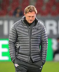 20170919, 1.BL. FCA vs RB Leipzig, 1.Bundesliga, WWK Arena Augsburg, Fussball, Sport, im Bild:...Ralph Hasenhuettl (RB Leipzig)..*Copyright by:  Philippe Ruiz..Postbank Muenchen.IBAN: DE91 7001 0080 0622 5428 08..Oberbrunner Strasse 2.81475 MŸnchen, .Tel: 089 745 82 22, .Mobil: 0177 29 39 408..( MAIL:  philippe_ruiz@gmx.de ) ..Homepage: www.sportpressefoto-ruiz.de. (Credit Image: © Philippe Ruiz/Xinhua via ZUMA Wire)