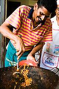 Vendor preparing Mamak mee goreng at Kafe Sin Hup Aun.