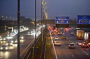 Nederland, A50, Ewijk, 20-11-2017Een drukke avondspits op de A 50, bij knooppunt Ewijk. Foto: Flip Franssen