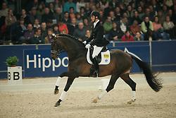 Bax Niels - Troy<br /> KWPN Hengstenkeuring 2006<br /> Photo © Hippo Foto