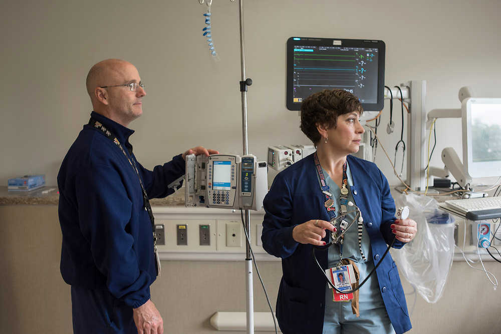 Registered nurses Dave Lynch (left) and  Renee Very (right) in the recovery room at Pittsburgh VA Hospital in Oakland.