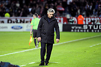 FOOTBALL - FRENCH CHAMPIONSHIP 2011/2012 - L1 - LILLE OSC v PARIS SAINT GERMAIN  - 29/04/2012 - PHOTO JEAN MARIE HERVIO / REGAMEDIA / DPPI - DESPAIR CARLO ANCELOTTI (COACH PSG) AT THE END OF THE MATCH
