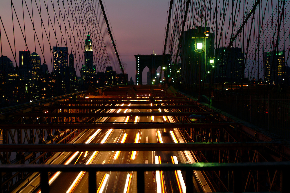 Brooklyn Bridge: Evening Rush