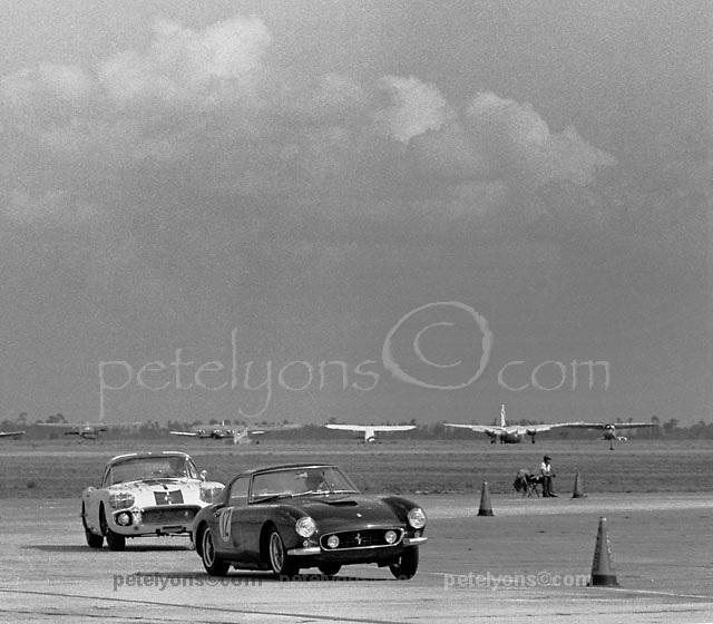 Ferrari and Corvette at Sebring 12-hours 1060
