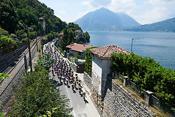 The peloton along the shores of Lake Como at Giro Rosa 2018 - Stage 6, a 114.1 km road race from Sovico to Gerola Alta, Italy on July 11, 2018. Photo by Sean Robinson/velofocus.com