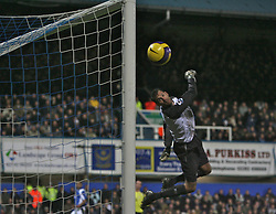 Portsmouth, England - Saturday, February 10, 2007: Portsmouth against Manchester City's Andreas Isaksson as he watches a shot from Glen Johnson drift wide during the Premiership match at Fratton Park. (Pic by Chris Ratcliffe/Propaganda)