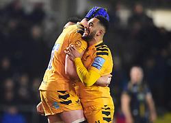 Juan de Jongh of Wasps embraces GJ van Velze of Worcester Warriors- Mandatory by-line: Alex James/JMP - 25/01/2020 - RUGBY - Sixways Stadium - Worcester, England - Worcester Warriors v Wasps - Gallagher Premiership Rugby