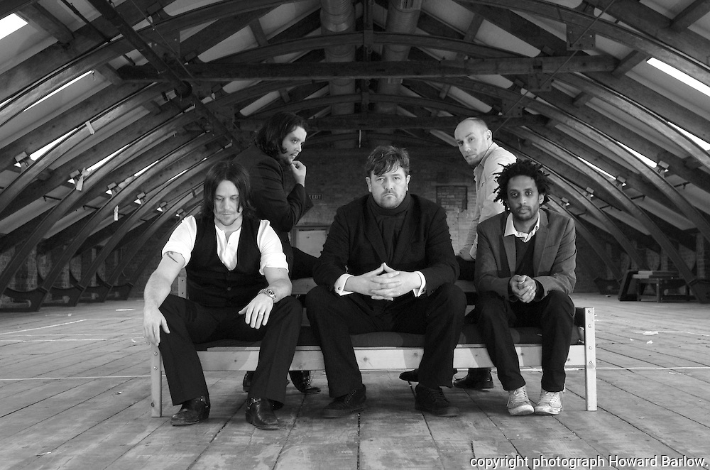 .Photographer: Howard Barlow..ELBOW band picture.l-r  MARK POTTER, CRAIG POTTER, GUY GARVEY, RICHARD JUPP and PETE TURNER. BEEHIVE MILL, MANCHESTER