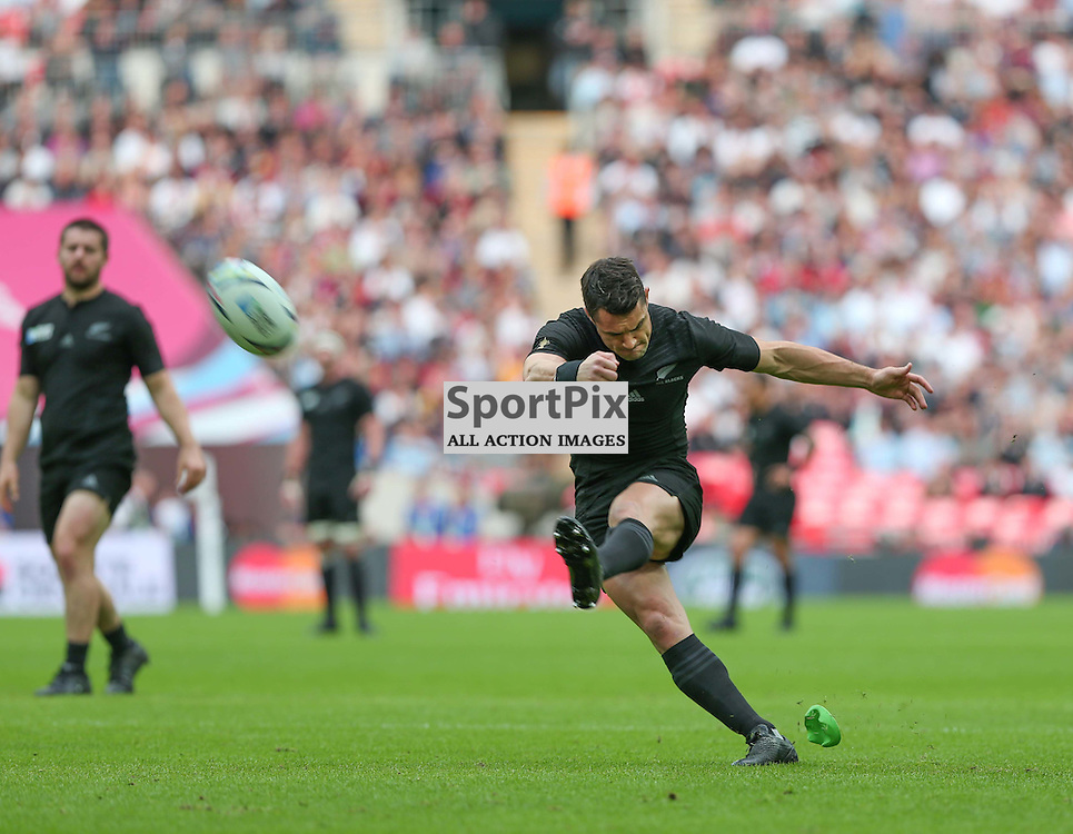 Dan Carter of New Zeland kicks the first penalty of the match, during the Rugby World Cup New Zealand v Argentina, Sunday 20 September 2015, Wembley Stadium (Photo by Mike Poole)