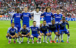 19.05.2012, Allianz Arena, Muenchen, GER, UEFA CL, Finale, FC Bayern Muenchen (GER) vs FC Chelsea (ENG), im Bild Chelsea players line up for a team group photograph before the UEFA Champions League Final against FC Bayern Munchen at the Allianz Arena. Back row L-R: John Obi Mikel, Gary Cahill, goalkeeper Petr Cech, David Luiz and captain Frank Lampard. Front row L-R: Ryan Bertrand, Ashley Cole, Juan Mata, Jose Bosingwa, Fernando Torres and Salomon Kalou the Final Match of the UEFA Championsleague between FC Bayern Munich (GER) vs Chelsea FC (ENG) at the Allianz Arena, Munich, Germany on 2012/05/19. EXPA Pictures © 2012, PhotoCredit: EXPA/ Propagandaphoto/ Vegard Grott..***** ATTENTION - OUT OF ENG, GBR, UK *****