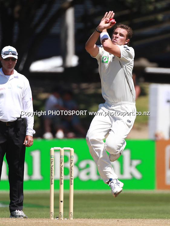 New Zealand bowler Tim Southee as umpire Rod Tucker look on during Day 2 of the 2nd test match.  New Zealand Black Caps v Pakistan, Test Match Cricket. Basin Reserve, Wellington, New Zealand. Sunday 16 January 2011. Photo: Andrew Cornaga/photosport.co.nz