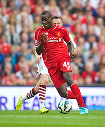 13.09.2014, Anfield, Liverpool, ENG, Premier League, FC Liverpool vs Aston Villa, 4. Runde, im Bild Liverpool's Mario Balotelli in action against Aston Villa // during the English Premier League 4th round match between Liverpool FC and Aston Villa at the Anfield in Liverpool, Great Britain on 2014/09/13. EXPA Pictures © 2014, PhotoCredit: EXPA/ Propagandaphoto/ David Rawcliffe<br /> <br /> *****ATTENTION - OUT of ENG, GBR*****