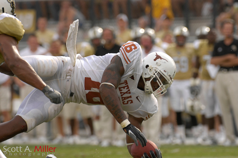 Sep 15, 2007; Orlando, FL, USA; Texas Longhorns tight end (16) Jermichael Finley dives for extra yardage against Central Florida  Knights during the second quarter at Bright House Stadium. ...©2007 Scott A. Miller