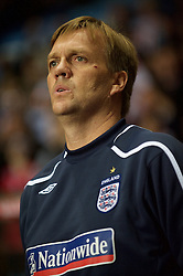 BIRMINGHAM, ENGLAND - Monday, October 13, 2008: England's assistant coach Steve Wigley during the UEFA European Under-21 Championship Play-Off 2nd Leg match against Wales at Villa Park. (Photo by Gareth Davies/Propaganda)