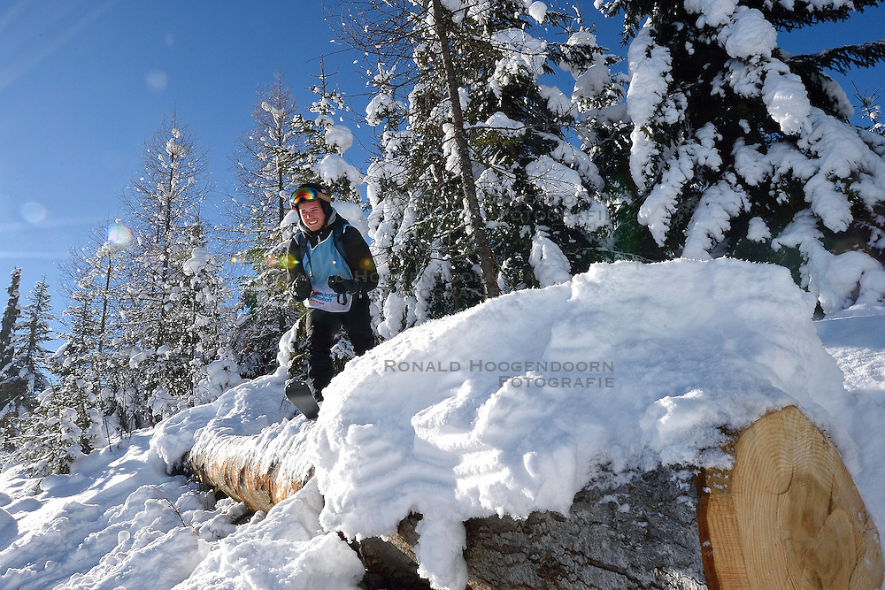 22-01-2016 AUT: Wintersportkamp BvdGF 2016, Flachau<br /> Het wintersportkamp 2016 is een kamp voor 40 kinderen met diabetes type 1 in de leeftijd van 12 t/m 17 jaar / Rick