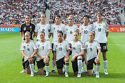 26-06-2011 VOETBAL: FIFA WOMENS WORLDCUP 2011 GERMANY - CANADA: BERLIN<br /> Nadine Angerer (Torwart GWE #01, Frankfurt) Birgit Prinz (GER #09, Frankfurt) Annike Krahn (GER #05, Duisburg) Simone Laudehr (GER #06, Duisburg) Linda Bresonik (GER #10 #10, Duisburg) g18<br /> Babett Peter (GER #04, Potdsdam) Melanie Behringer (GER #07, Frankfurt) Celia Okoyino a Mbabi (GER13 #14, Bad Neuenahr) Kim Kulig (GER #14, Hamburg) Saskia Bartusiak (GER #03, Frankfurt)<br /> ***NETHERLANDS ONLY***<br /> ©2011-FRH- NPH/Kokenge