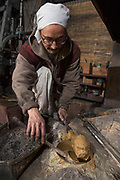 """Tsumi-wakashi"" (build up and boil) is this moment in making a sword called.<br />