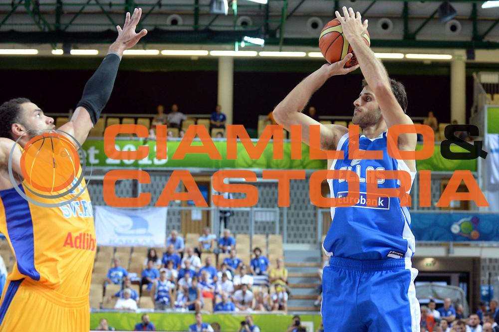 DESCRIZIONE : Capodistria Koper Slovenia Eurobasket Men 2013 Preliminary Round Svezia Grecia Sweden Greece<br /> GIOCATORE : Stratos Perperoglou<br /> CATEGORIA : Tiro<br /> SQUADRA : Grecia<br /> EVENTO : Eurobasket Men 2013<br /> GARA : Svezia Grecia Sweden Greece<br /> DATA : 04/09/2013 <br /> SPORT : Pallacanestro&nbsp;<br /> AUTORE : Agenzia Ciamillo-Castoria/Max.Ceretti<br /> Galleria : Eurobasket Men 2013 <br /> Fotonotizia : Capodistria Koper Slovenia Eurobasket Men 2013 Preliminary Round Svezia Grecia Sweden Greece<br /> Predefinita :