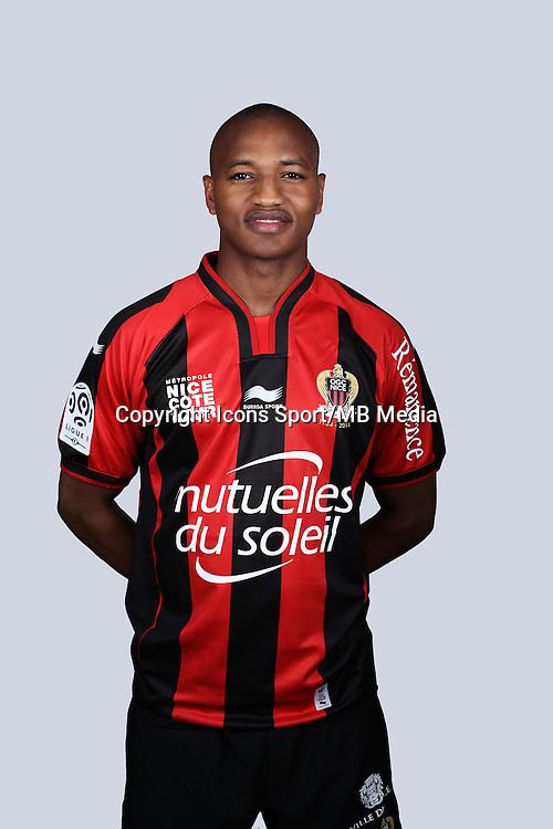 Mahamane Traore - 01.10.2014 - Portrait Officiel Nice -<br /> Photo : Alexandre DEBBACHE / Nice / Icon Sport