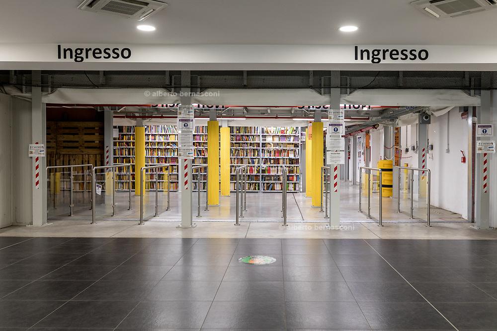 Piacenza, Castel San Giovanni, Amazon logistic center, entrata