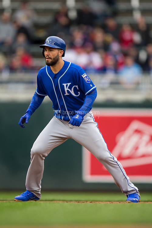 MINNEAPOLIS, MN- APRIL 5: Eric Hosmer #35 of the Kansas City Royals runs against the Minnesota Twins on April 5, 2017 at Target Field in Minneapolis, Minnesota. The Twins defeated the Royals 9-1. (Photo by Brace Hemmelgarn) *** Local Caption *** Eric Hosmer