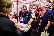 Nederland, Zwolle, 18 jan 2017<br /> Biobeurs in de IJsselhallen in Zwolle. Beurs voor biologische voeding. Bij veel stands wordt er gekookt valt wat te proeven.<br /> <br /> Foto: (c) Michiel Wijnbergh