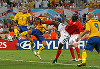 Photo: Glyn Thomas.<br />Sweden v England. FIFA World Cup 2006. 20/06/2006.<br /> Sweden's Henrik Larsson (second from L) equalises for the second time.