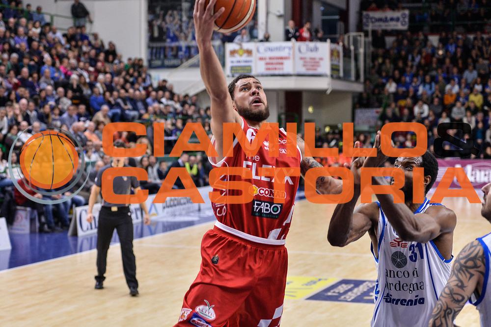 Teddy Okereafor<br /> Banco di Sardegna Dinamo Sassari - The Flexx Pistoia Basket<br /> Legabasket Serie A LBA Poste Mobile 2016/2017<br /> Sassari 04/03/2017