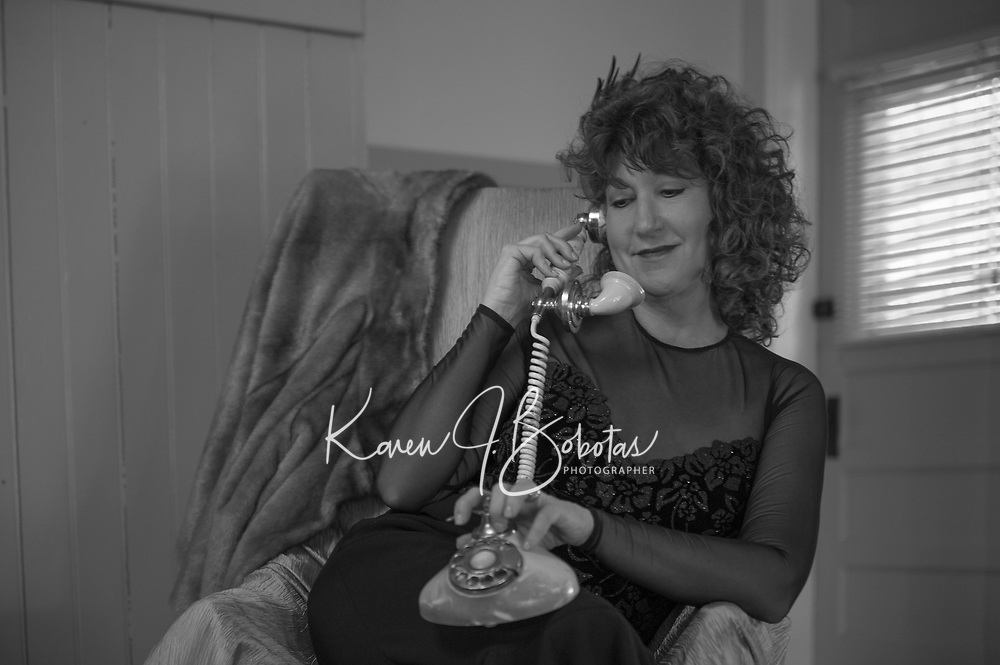 Vintage styled photo shoot with Sherri, Deb and Lucy.  ©2017 Karen Bobotas Photographer