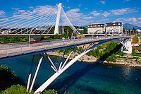 Monténégro, région centrale, la capitale Podgorica, pont du millénaire // Montenegro, central region Podgorica capital city, millennium bridge